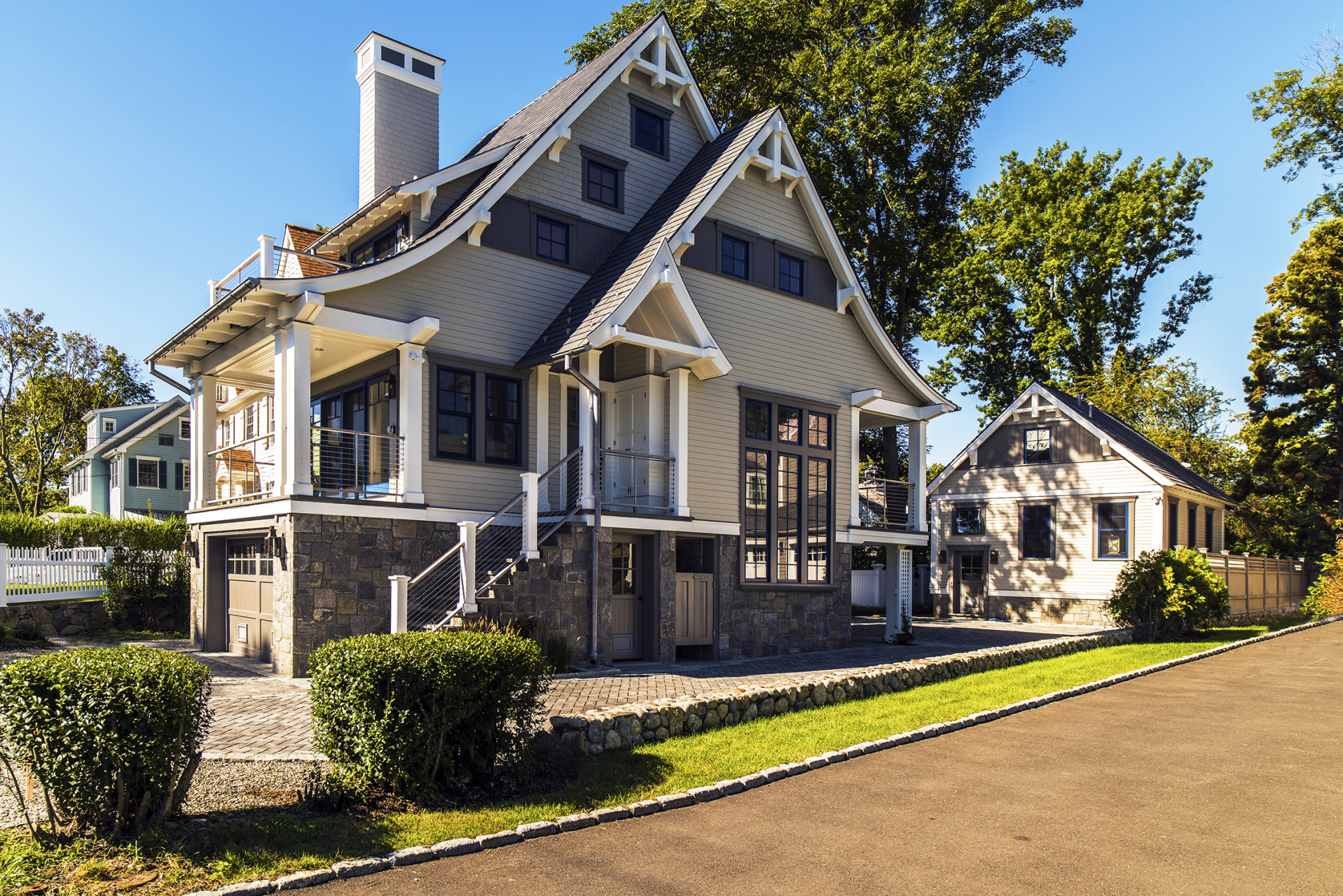 Darien-connecticut-ct-residential-shingle-style-cottage-roof-fairfield