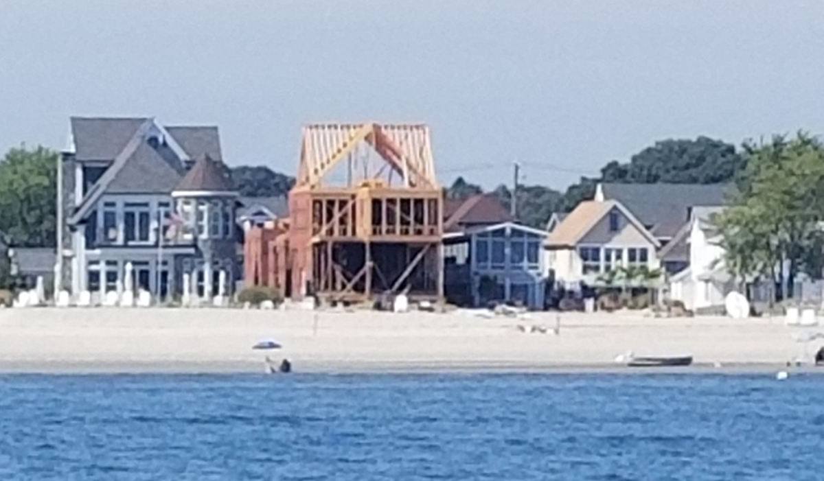 Great Creek Oceanfront custom residential home construction