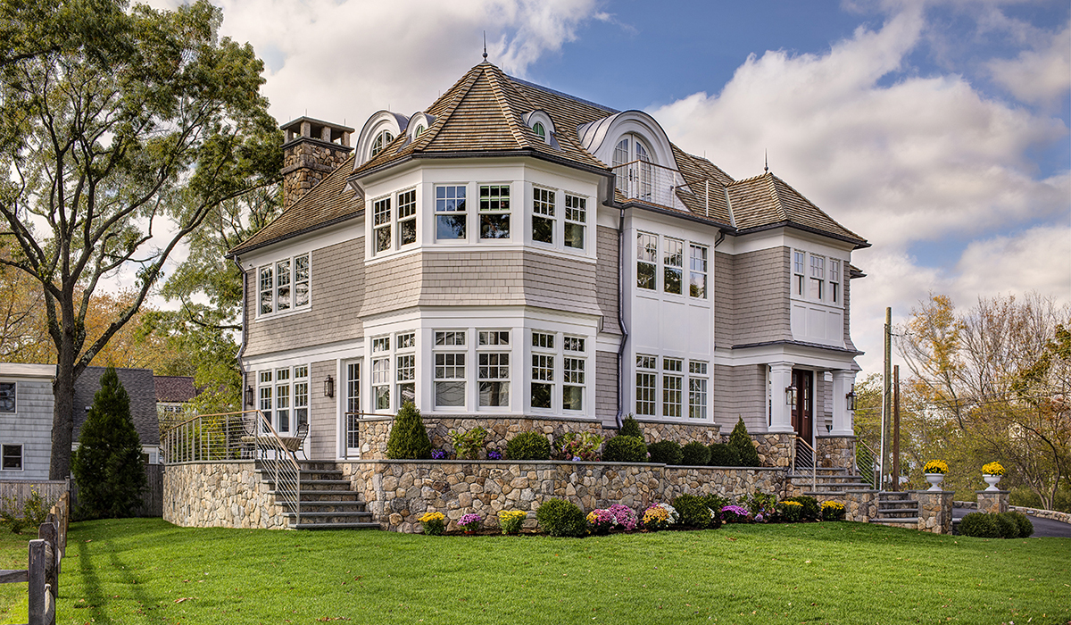 custom shingel style home located in darien connecticut by cardello architects