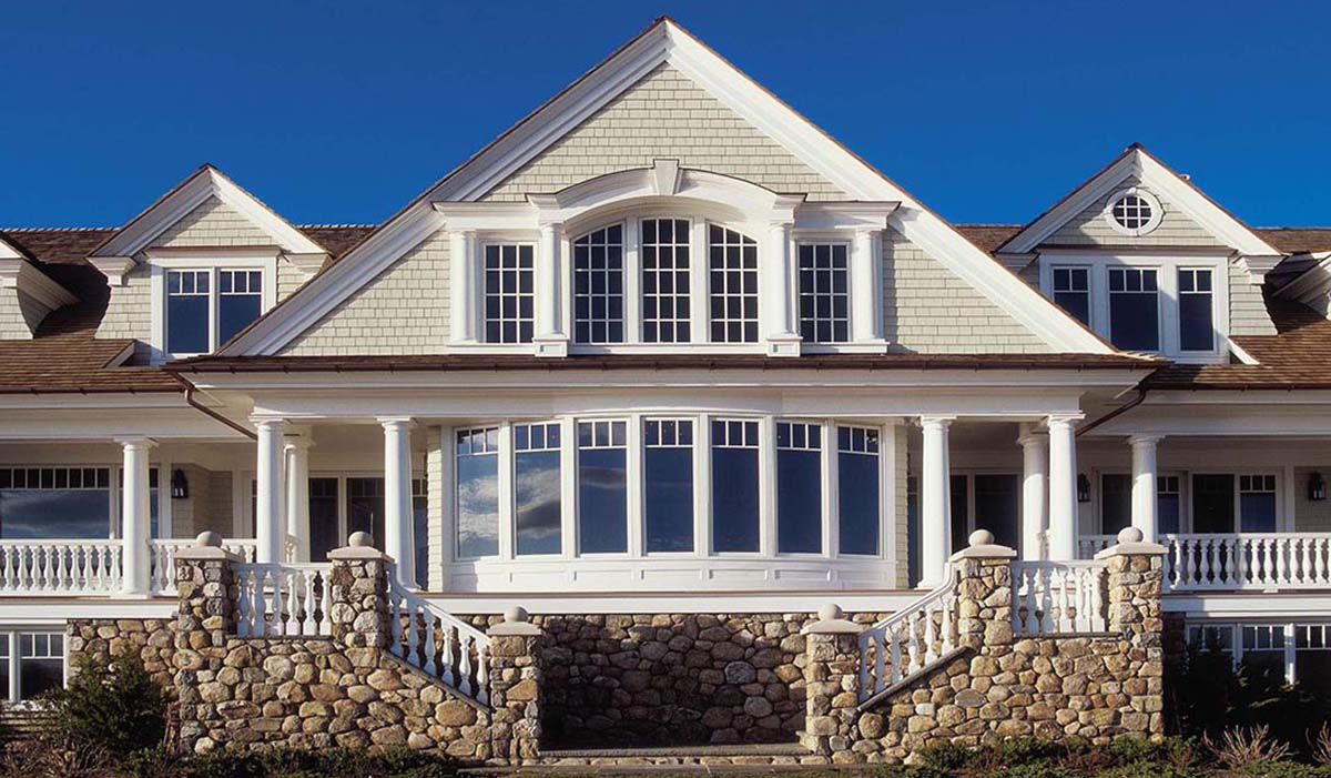custom bay window in DArien Connecticut luxury waterfront home by cardello architects