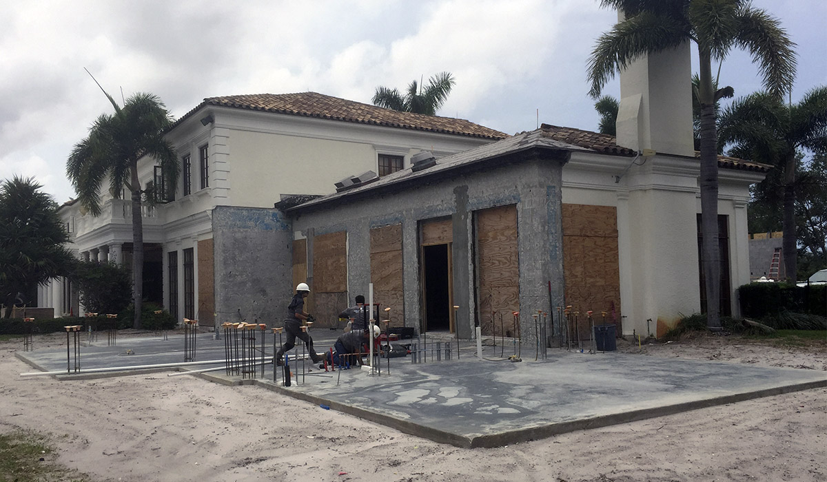 Jupiter Florida luxury custom home design under construction stucco and concrete